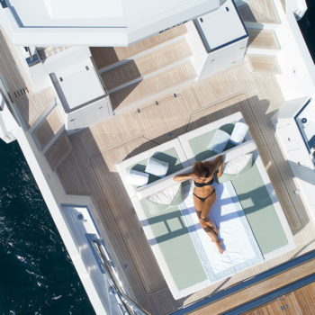 icyacht-exterior-brave-6
